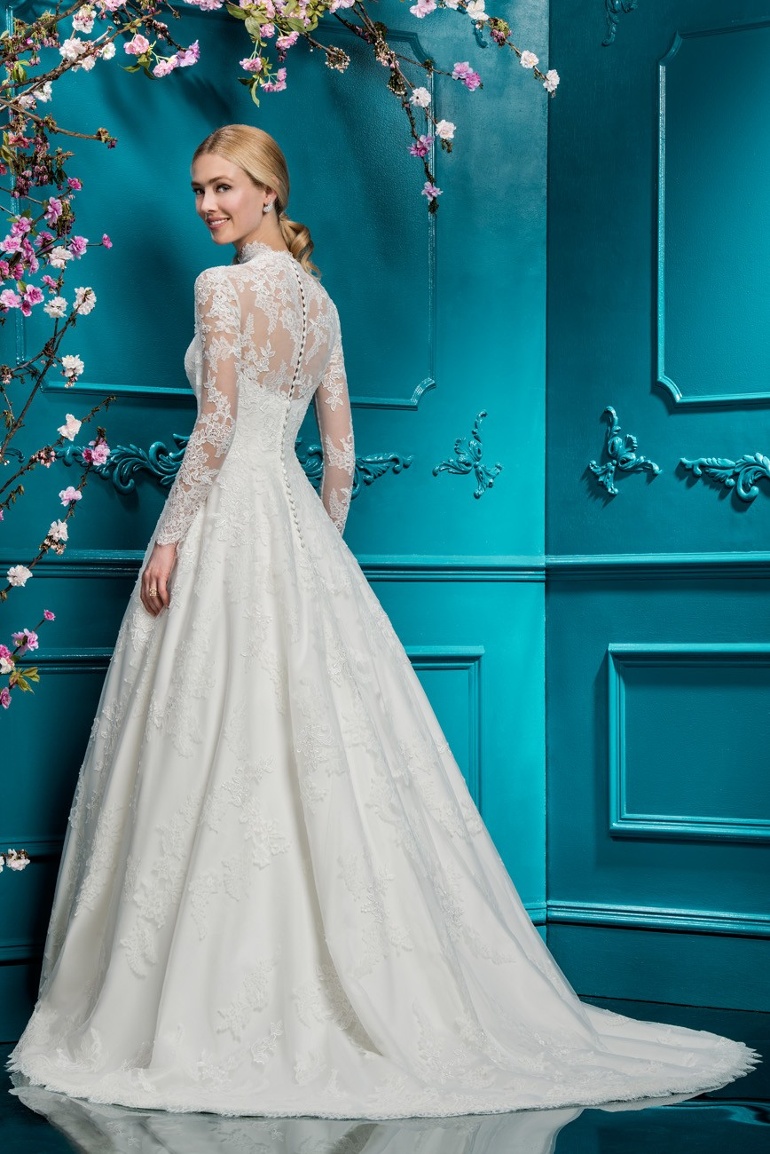 Ellis Bridals Wedding Dresses Are Stocked In A Handpicked Selection Of Stores Around The World From UK Europe To Bridal Across US